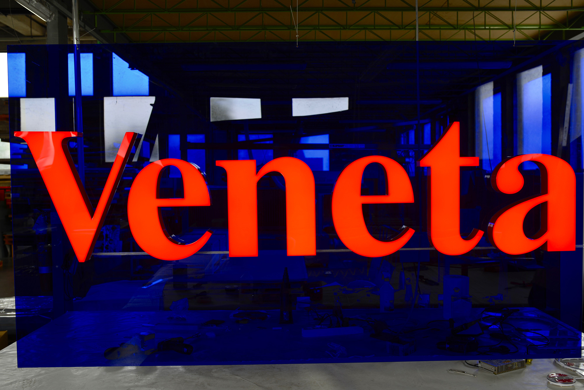 Modular luminous writings for showcases and surfaces - Simplex Srl Italy